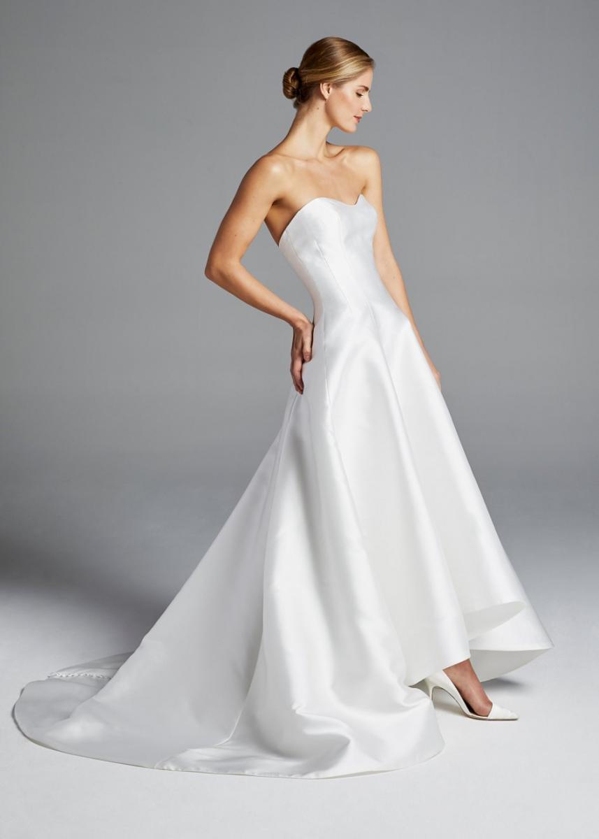 7076b28ca5ad Sleek and Simple: Minimal Wedding Dresses that Make a Royal ...