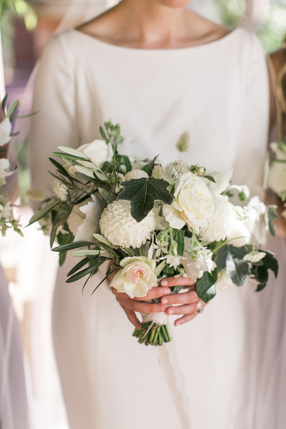 Seattle Bride, Seattle wedding, PNW wedding, PNW bride, wedding inspiration, Washington bride, Washington wedding, wedding dress, wedding photography, wedding photos, wedding decor, wedding reception, wedding bouquet, bridal bouquet, wedding flowers, wedding florals, bridal florals