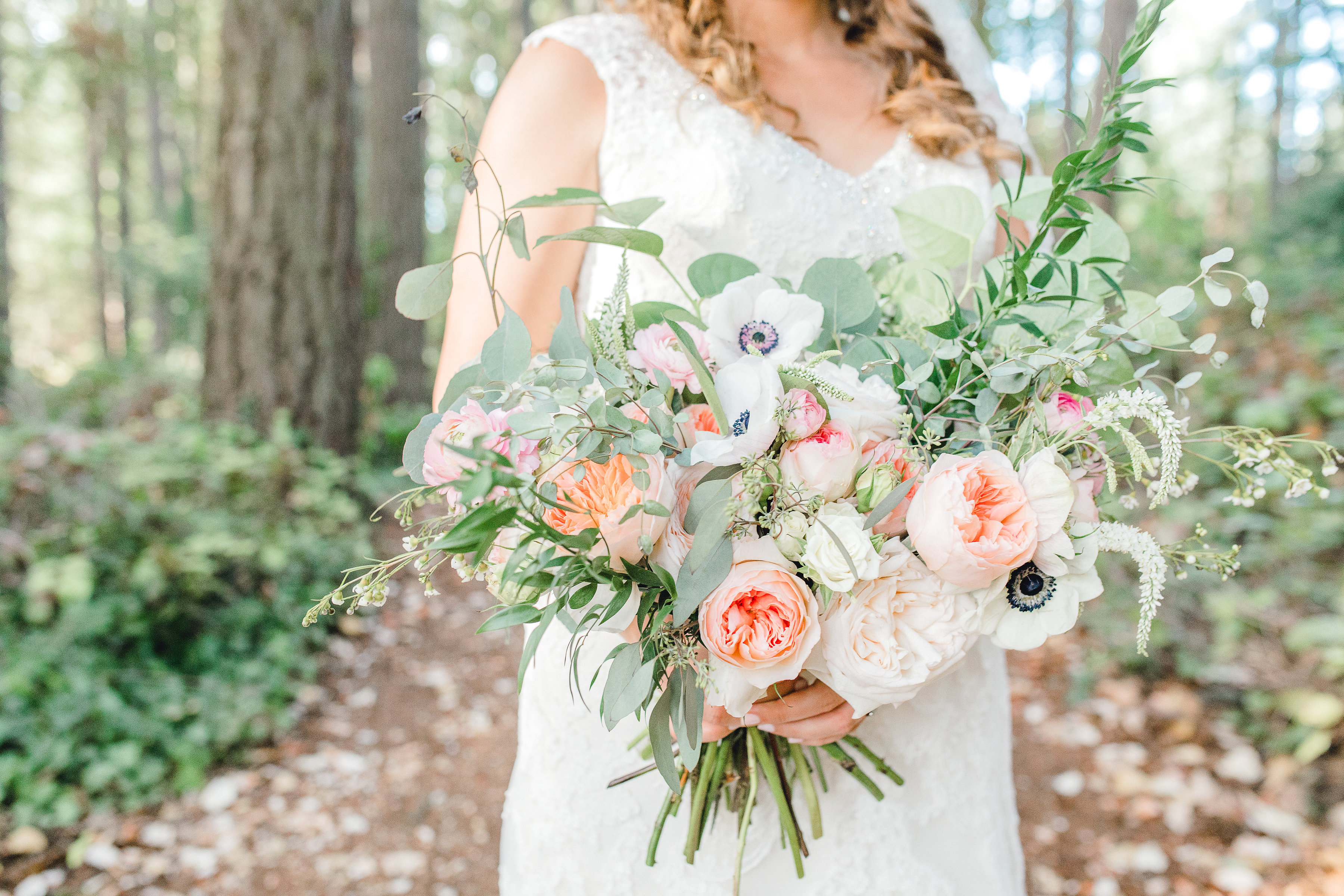Seattle wedding, Washington wedding, bride and groom, PNW wedding, wedding inspiration, wedding flowers, Seattle bride, outdoor wedding, wedding florals, wedding flowers, wedding bouquet, Brixby + Pine
