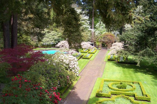 Lakewold Gardens Seattle Bride