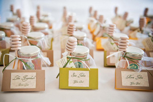 Northwest inspired wedding favor ideas seattle bride you can pick from various types of trees and you can even have the top of the cute box monogrammed wendy wojcik weddings with wendy photo by hayley junglespirit Images